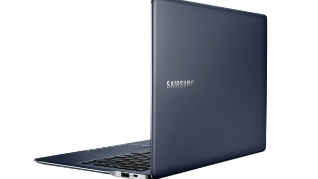 Samsung_ATIV_Book_9_back_open.0.jpg