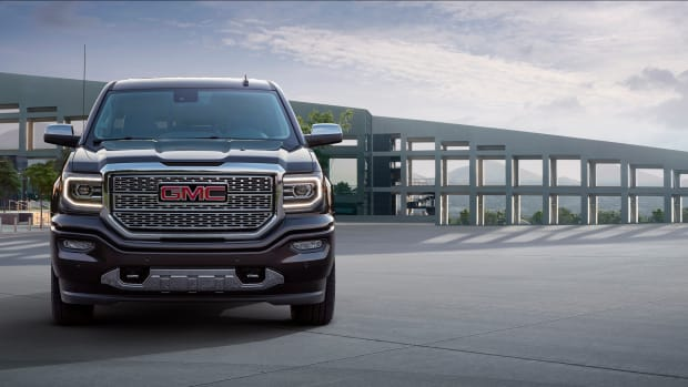 2016-GMC-Sierra-Denali-Ultimate-035.jpg