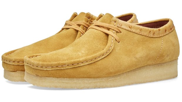 02-12-2015_clarksoriginals_xstussywallabee_goldenbrown_sh_1.jpg