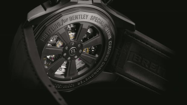Breitling for Bentley B05 Unitime Midnight Carbon_3.jpg