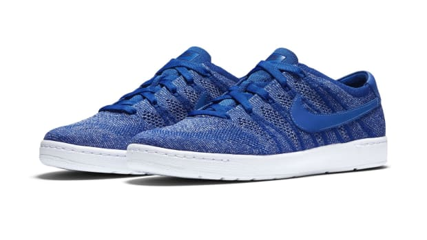 Nike_Tennis_Classic_Ultra_Flyknit_mens_4_original.jpeg