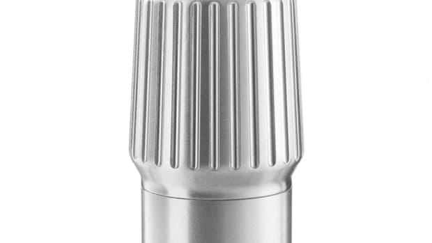Vipp561-Flashlight-Detail02-Low.jpg