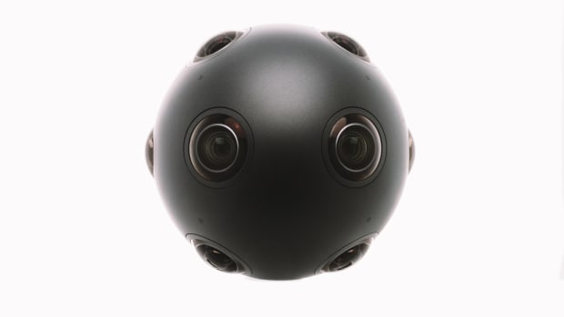 ozo-press-photo-black_ball.jpeg
