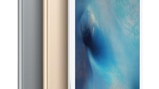 iPadPro-34-AllColors_iOS9-LockScreen-PRINT.jpg