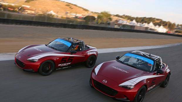 2016+Global+Mazda+MX-5+Cup+race+cars.jpg