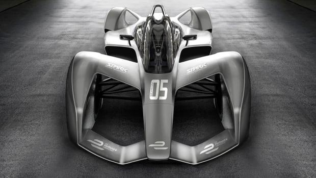 04 Formula E Spark Season 5 Front