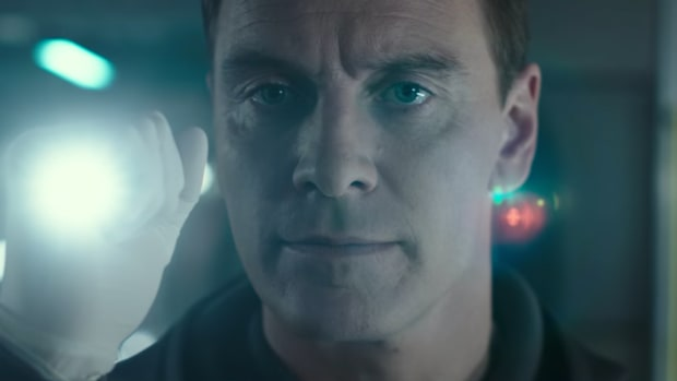 Mark Fassbender in Alien: Covenant