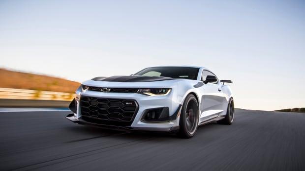 2018-Chevrolet-Camaro-ZL1-1LE-003