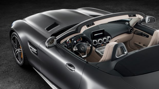 Mercedes GT Roadster top