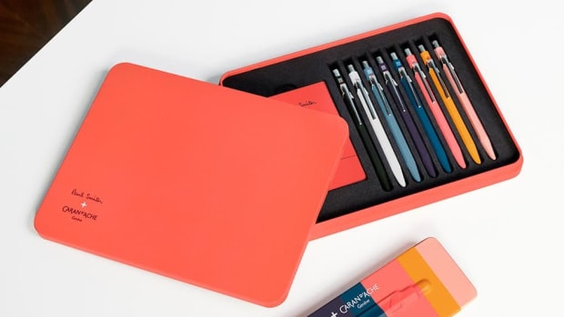 aw16-caran-dache-edition-two-pens.jpg