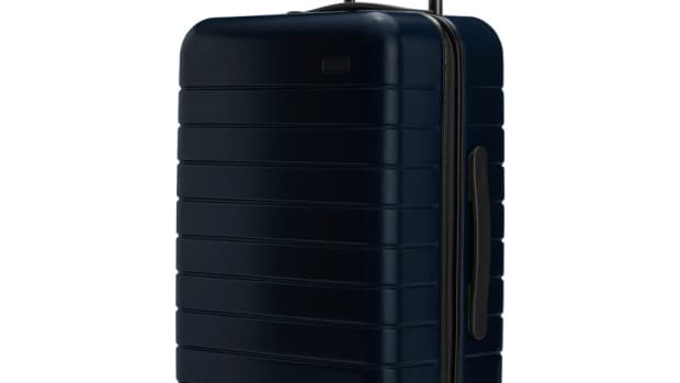 Away_Carry-On_Navy_1.jpg