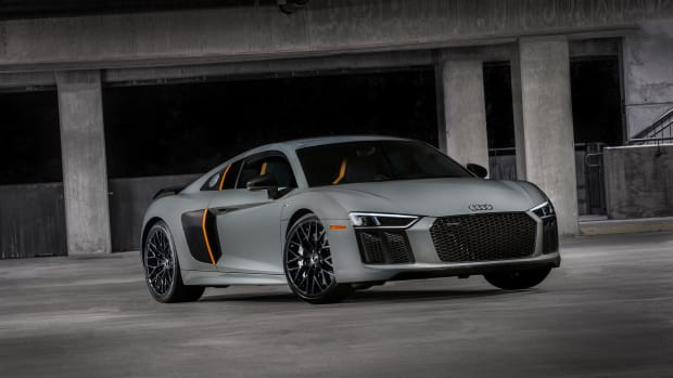 Audi R8 V10 Plus Exclusive Profile