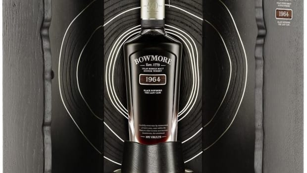 Black-Bowmore-50-Year-Old-The-Last-Cask-bottle-cabinet-1200x1023.jpg