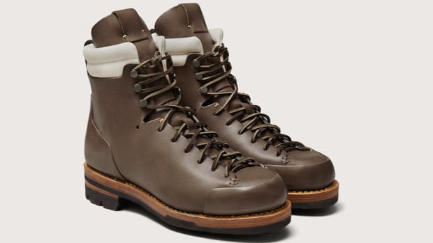 Feit Arctic Hiker in Military Profile View