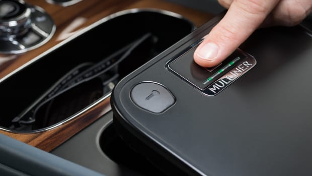 Bentley Bentayga Mulliner Biometric