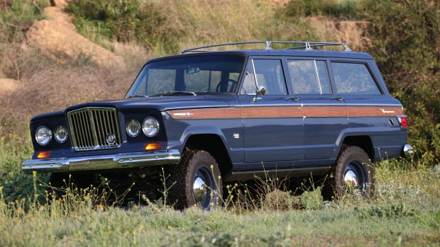 65_Wagoneer_ICON_F34_Flower_Field