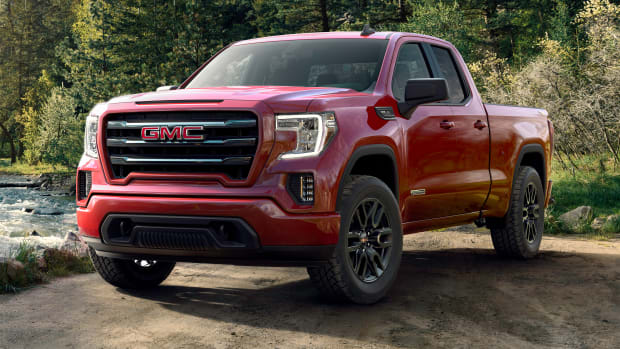 2019-GMC-Sierra-Elevation-035