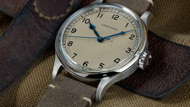 product-slider-longines-heritage-military-1075x1004-01