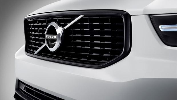 213061_New_Volvo_XC40_exterior_detail