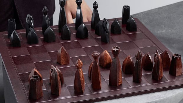 Dunhill Chess Set