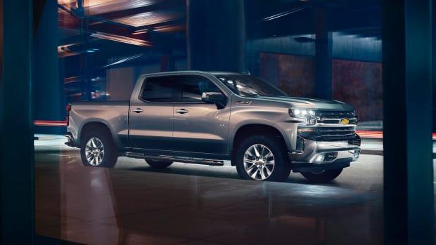 2019-Chevrolet-Silverado-011