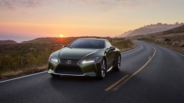 2020_Lexus_LC_Inspriation_Series_f34_act2_NR