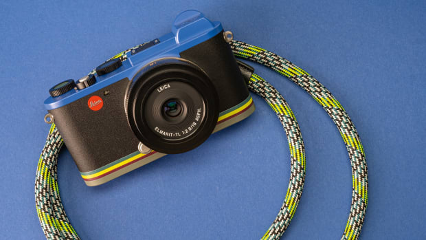 stories-aw19-leica-strap-wide