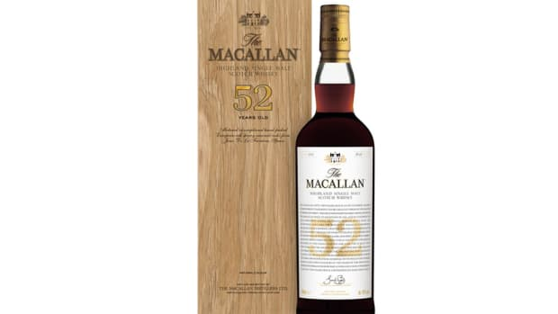 Macallan_52YO_bottle_box_visual_low_res_20Sep18-978x624