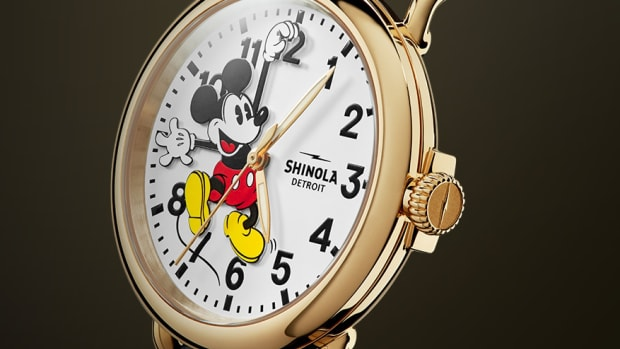 Shinola 18kt Mickey Mouse Runwell