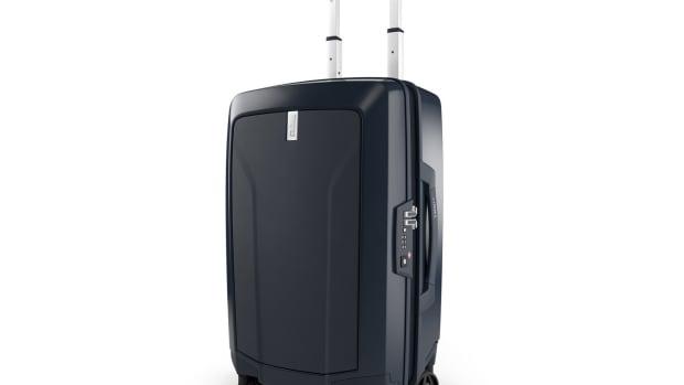 Thule Revolve Luggage
