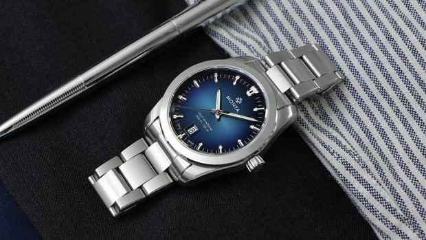 monta-noble-blue-feature-a