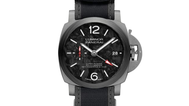 Panerai Luminor Luna Rossa GMT 42mm