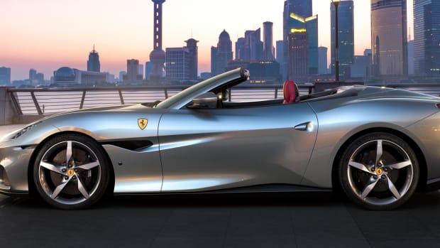 200084-car-ferrari-portofino-m