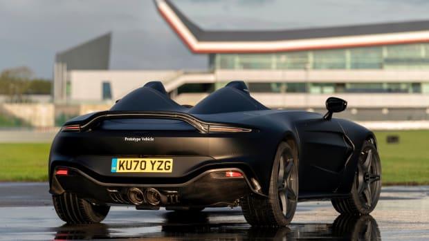 1_Aston Martin V12 Speedster Prototype