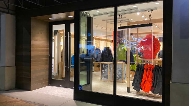 Arc'teryx Icon Store