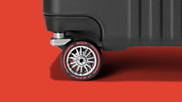 20201014_TLGG_MB_Pirelli_AdditionalStills_02_WheelCloseup_horizontal_2094036