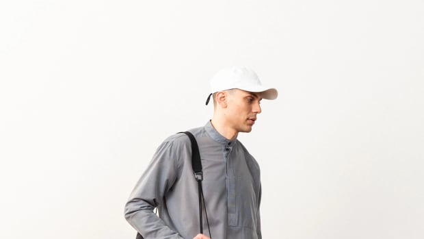601-Outlier-Supermarine3Bar-ClosingImage-Tote (1) copy