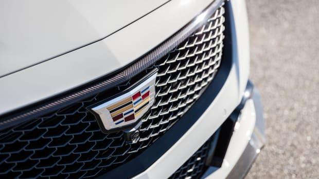 2022-Cadillac-CT5-V-Blackwing-007