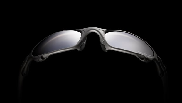 Oakley_ROMEO AND JULIET LIFESTYLE IMAGE (7)