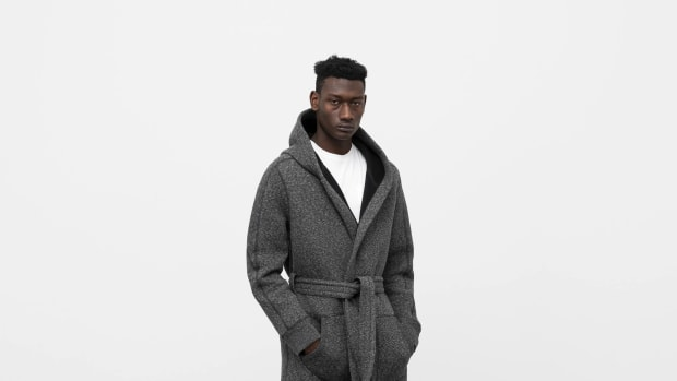wings+horns Cabin Fleece Robe