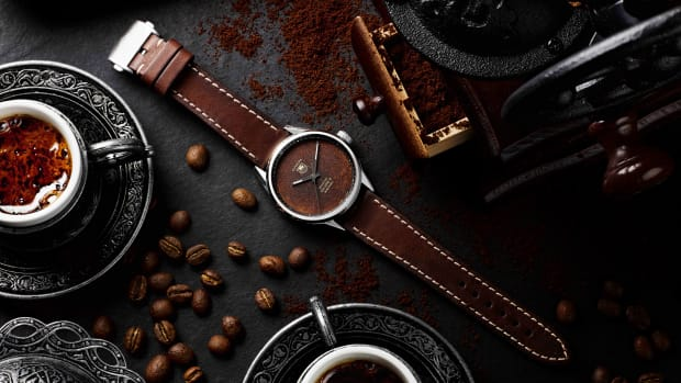 BWDxBadgerworks_TAG Heuer Carrera Calibre 5_Coffee_Steel_Lifestyle