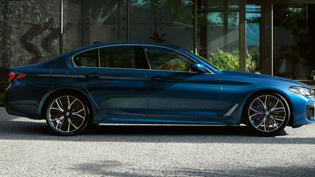 BMW-SOC21-5series-Undeniable-style