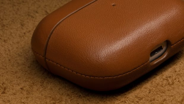 airpods-pro-leather-tile-5
