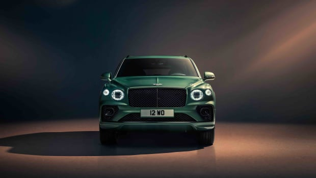 New Bentayga - Alpine Green - 6
