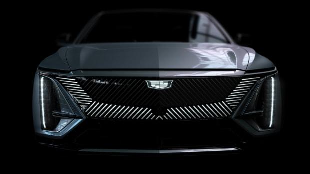 2023-Cadillac-LYRIQ-013