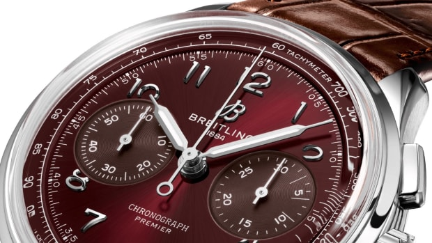 ab0930d41k1p1-premier-b09-chronograph-40-three-quarter copy