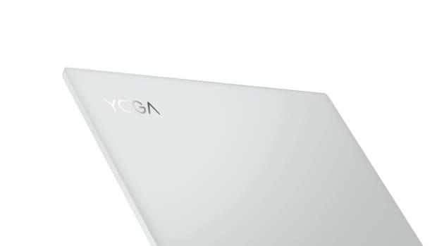 Lenovo Yoga Slim 7 Carbon_AMD_14in_backangle-top