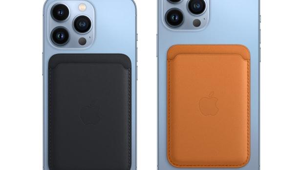 Apple MagSafe Wallets 2021