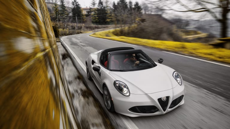 Alfa drops the top on its 4C Spider