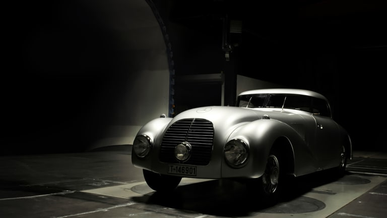 Watch | Mercedes-Benz: The Streamliner Case